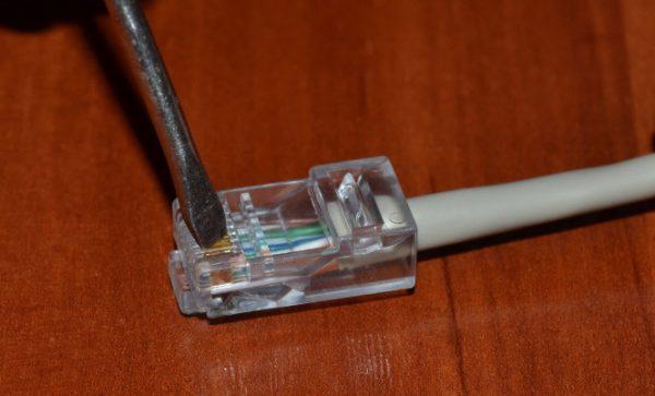 Опрессовка контактов коннектора