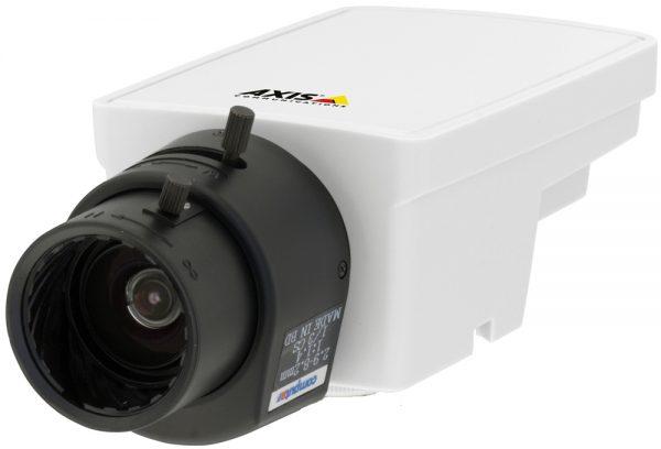 IP-камера Axis M1113 с управляемым вручную объективом