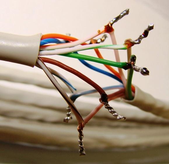 Восстановление повреждённого сетевого кабеля в месте обрыва
