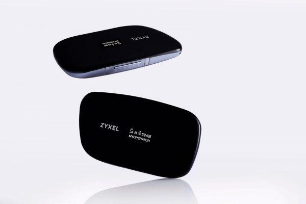 Мобильный роутер ZYXEL WAH7608