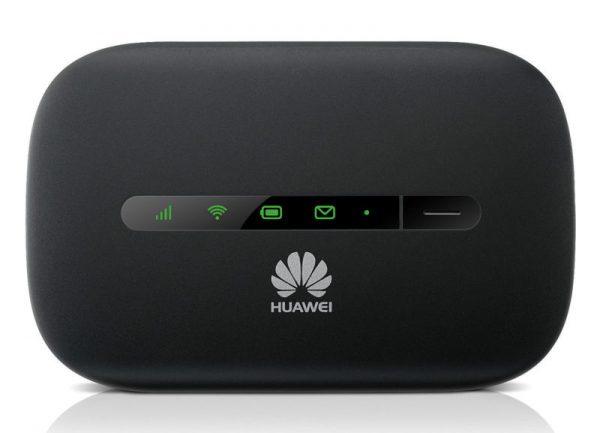 Передняя панель роутера Huawei E5330 оснащена индикаторами