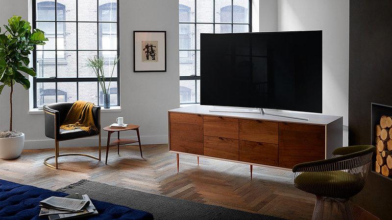 Телевизор Samsung самостоятельно включается и выключается: призраки или неполадки?