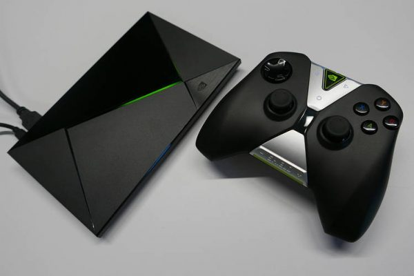 ТВ-бокс NVIDIA SHIELD TV с геймпадом