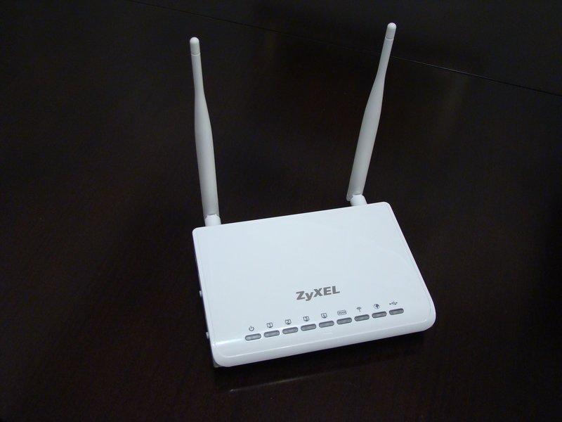 Белый «старичок» Zyxel Keenetic GIGA: как его подключить к сети провайдера и настроить